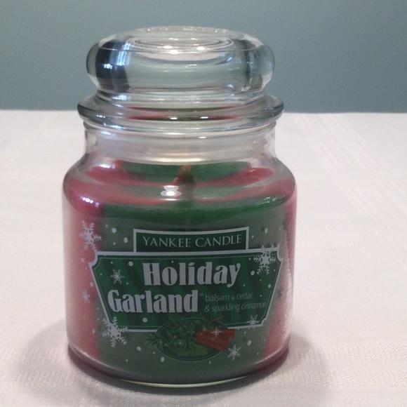 Yankee Candle Holiday Garland Jar Candle